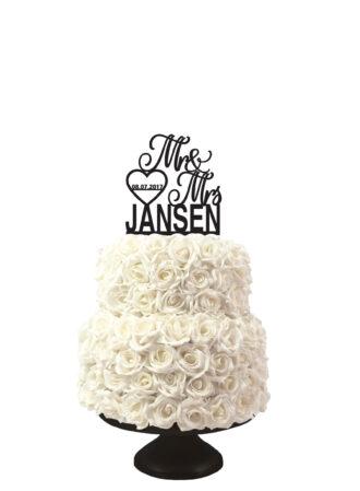 bruidstaart taarttopper Mr&Mrs met naam en datum in hartje